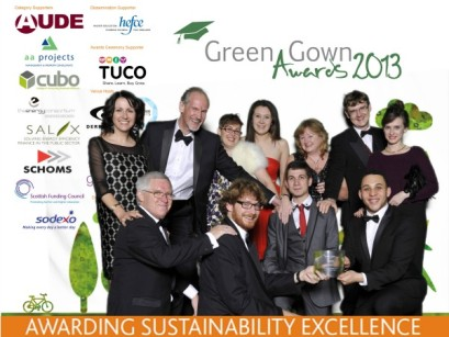 Central-Green-Gowns-2013-group-shot